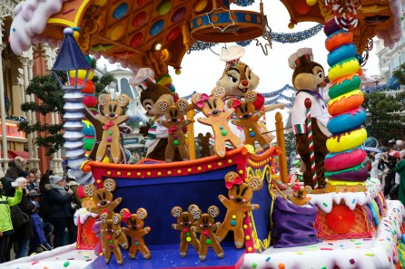 weihnachten-disneyland-paris-parade-1