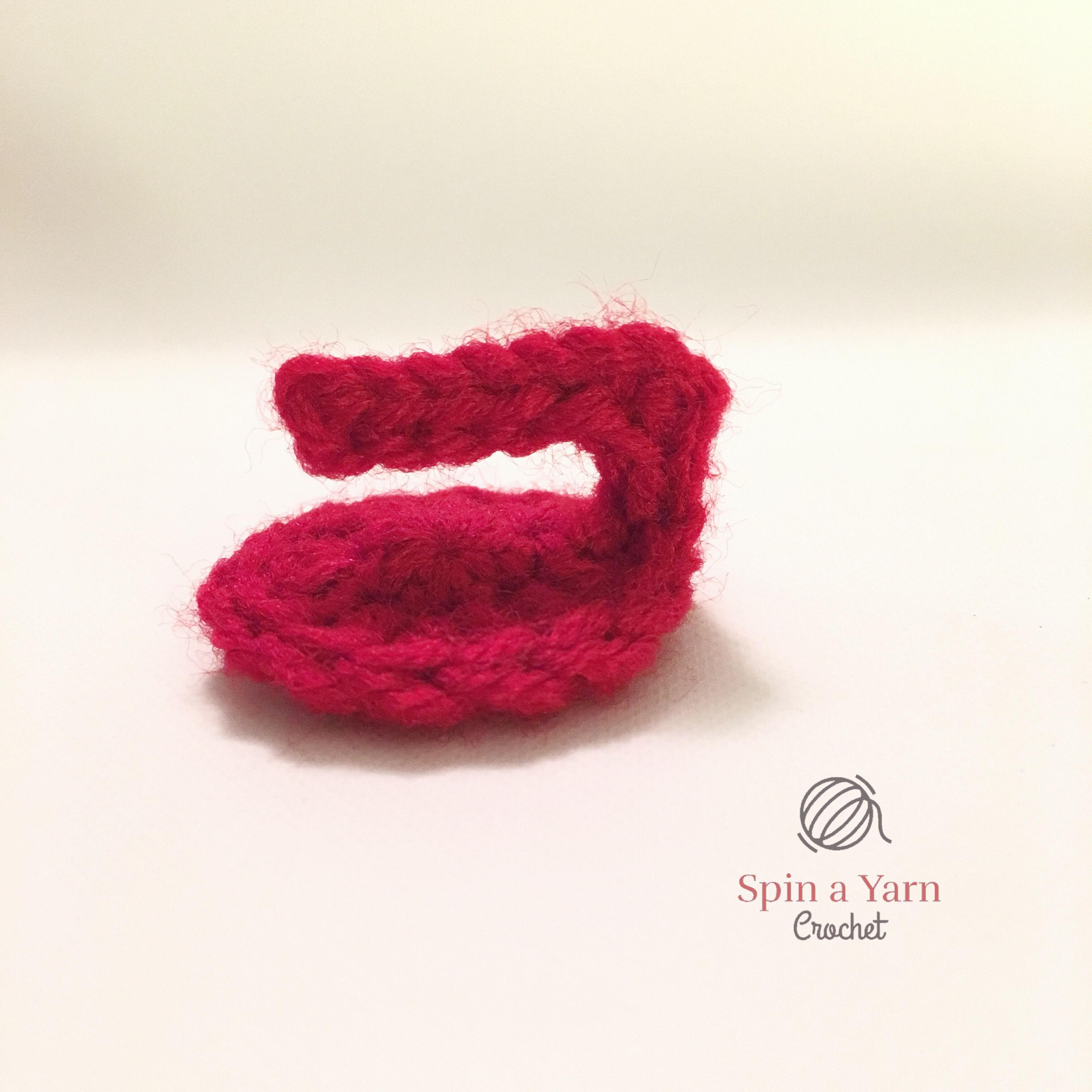 Crochet curling stone handle