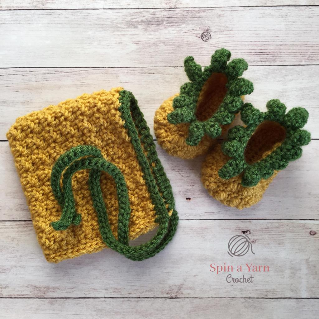 Pineapple bonnet and booties