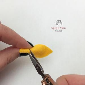 Cutting hole in felt