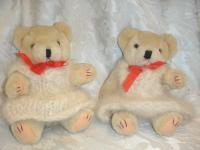 Chris's Samoyed teddy bears