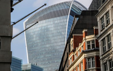 london architecture modern buildings iconic cycling most londons cheesegrater tour
