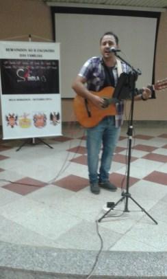 musico-cantando-no-nosso-encontro