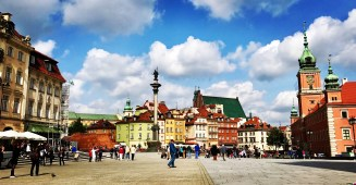 wheelchair accessible warsaw poland visiting getting around castle square