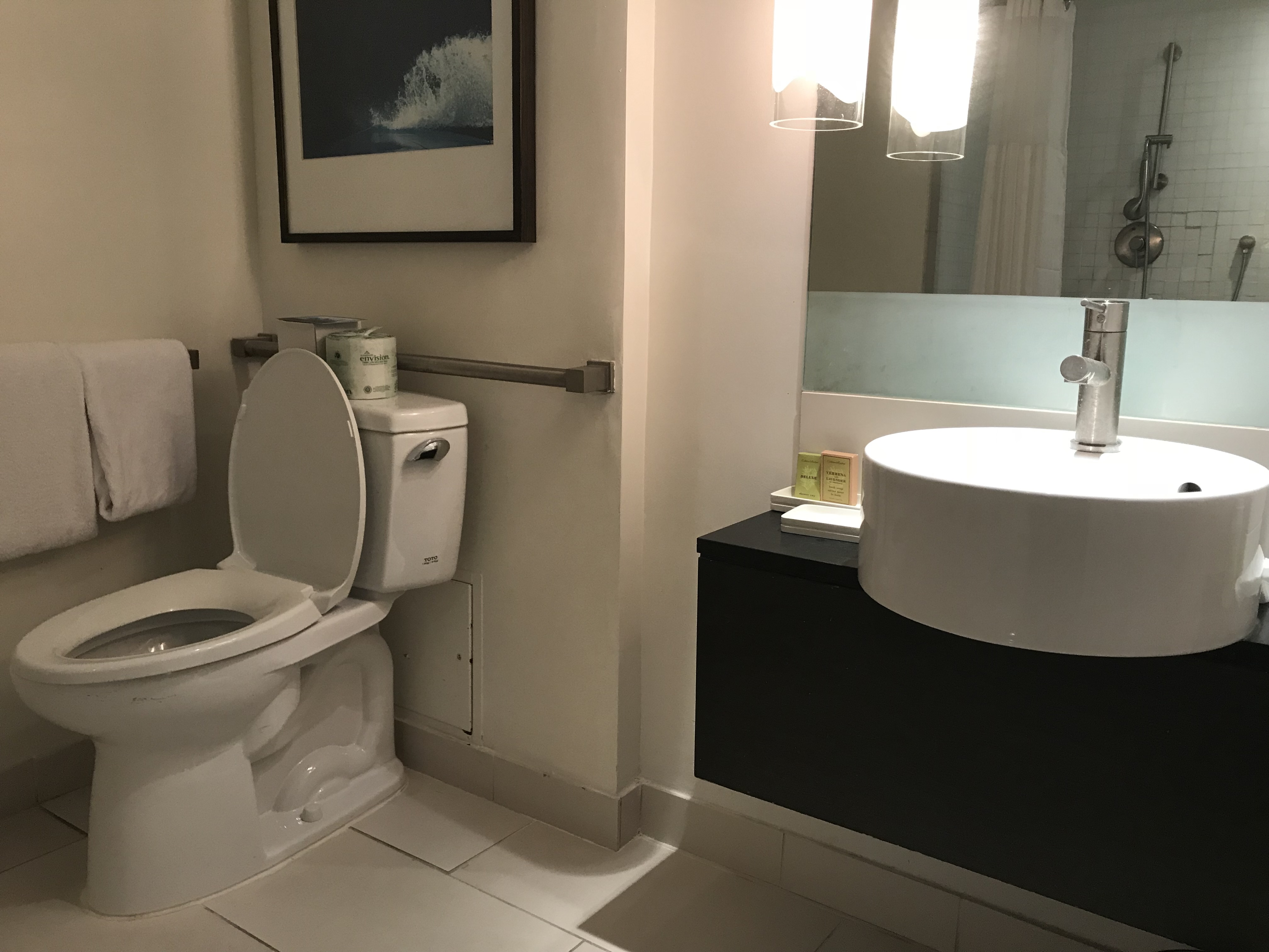 ACCESS REVIEW: The Hilton Fort Lauderdale Marina • Spin the Sunshine ...