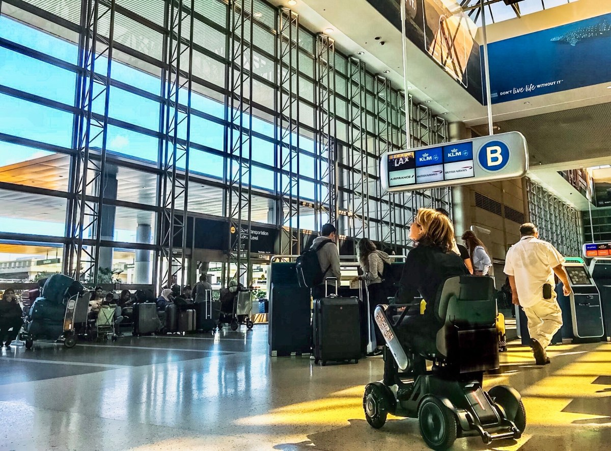 US Airlines Are Damaging or Breaking 25 Wheelchairs Every Day