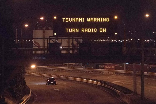Tsunami Warning, Wellington NZ - spinthewindrose.com