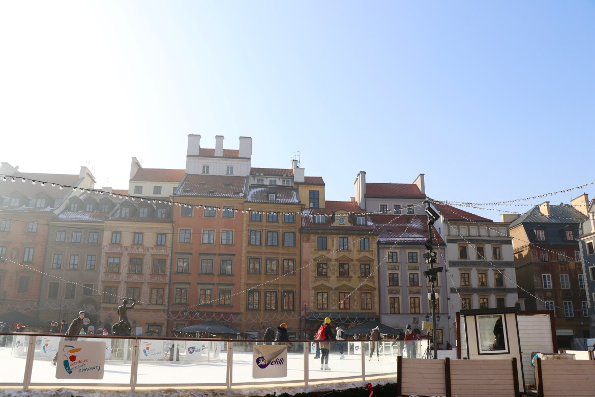Old Town Square, Warsaw, Poland - spinthewindrose.com