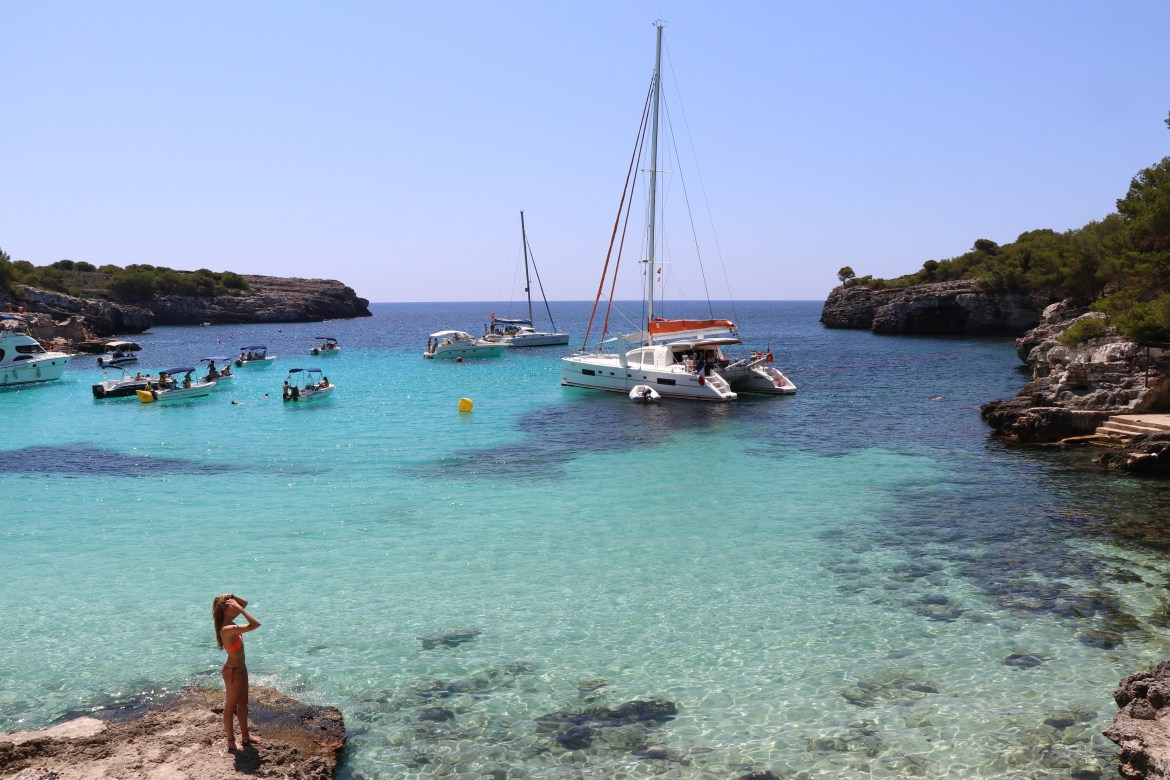 Beaches near Cuitadella, Menorca - spinthewindrose.com