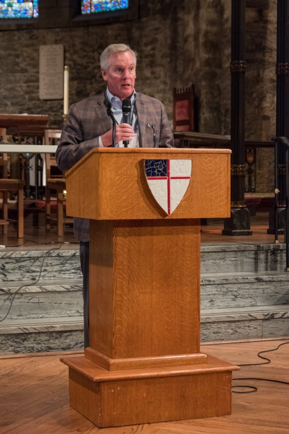 Walt Gearge reports on the work of the finance team. Special Convention of The Diocese of West Missouri, June 3, 2017 at Grace and Holy Trinity Cathedral. Image credit: Gary Allman