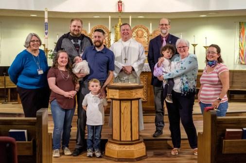 Baptisms at St. James Episcopal Church, Springfield, Missouri. Image credit: Gary Allman