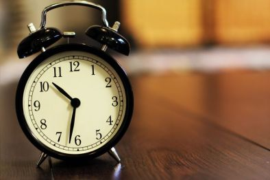 Keep awake- old-fashioned alarm clock