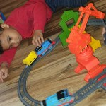 thomas_the_train_cassia_crane_cargo_set_fisher_price_mattel_kids_toys_review_thomas_and_friends_spirited_mama