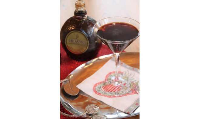 Dark Chocolate Martini Valentine's Day Cocktails