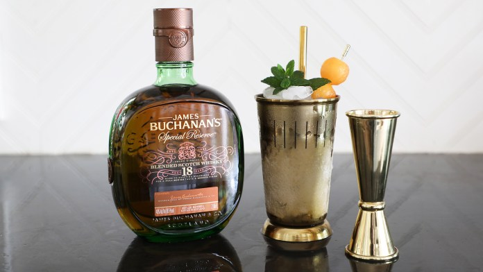 Buchanan's Spring Fling Julep