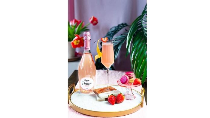 Riondo Prosseco 75 - Spring cocktails