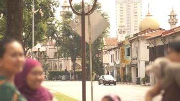The landmark of Arab Street, Sultan Mosque, with my sisters in the foreground