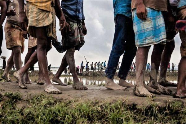 refugees fleeing from Myanmar