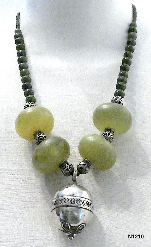 Jewellery by Chris Montgomery
