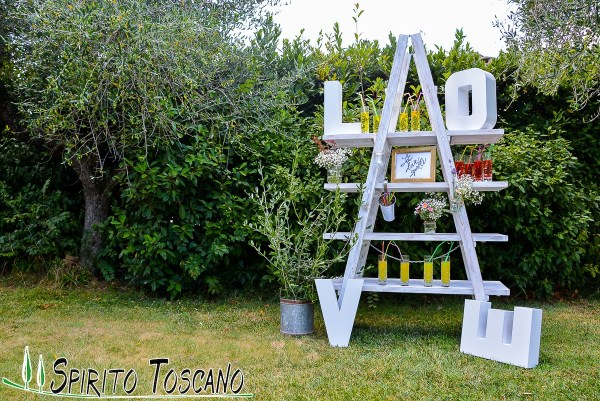 original ladder for weddings in Tuscany
