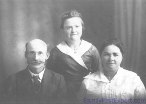 Harry, Lona, and Barbara Fawcett.