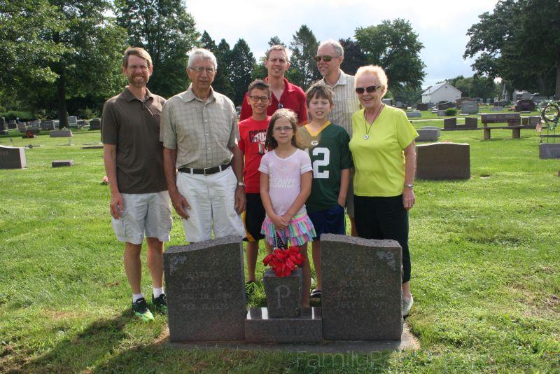 2016-08-13-Oak Ridge Cemetery (2)