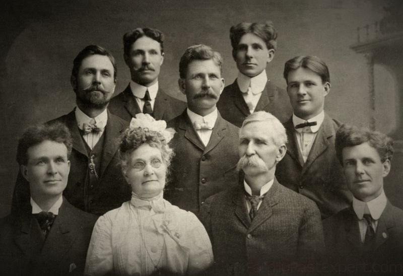 Albert and Amelia Phillips family. Back, from left, Frank, Edmund, Guy, Harold, and Faye. Front, from left, Clarence, Amelia, Albert and Charles.