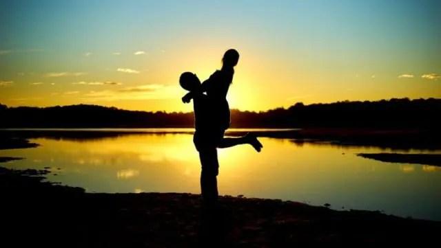 引き寄せの法則でハッピーな恋愛を手に入れる8の方法