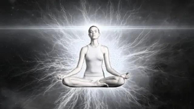 チャネリング ヨガ 精神統一 瞑想 チャクラ オーラ