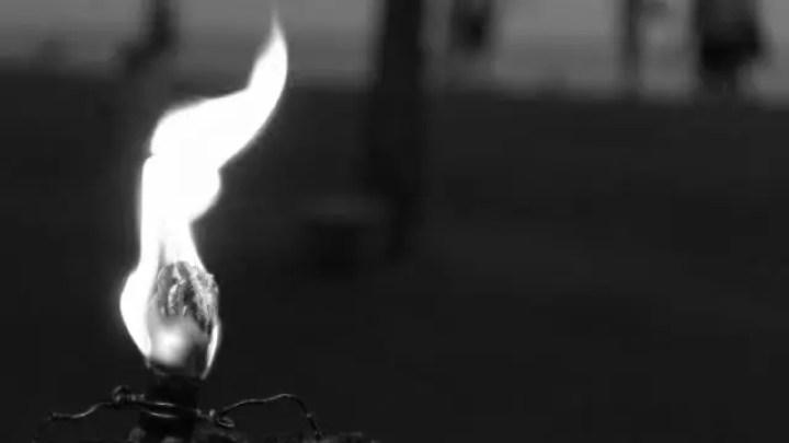 炎 灯火 光 供養 魂