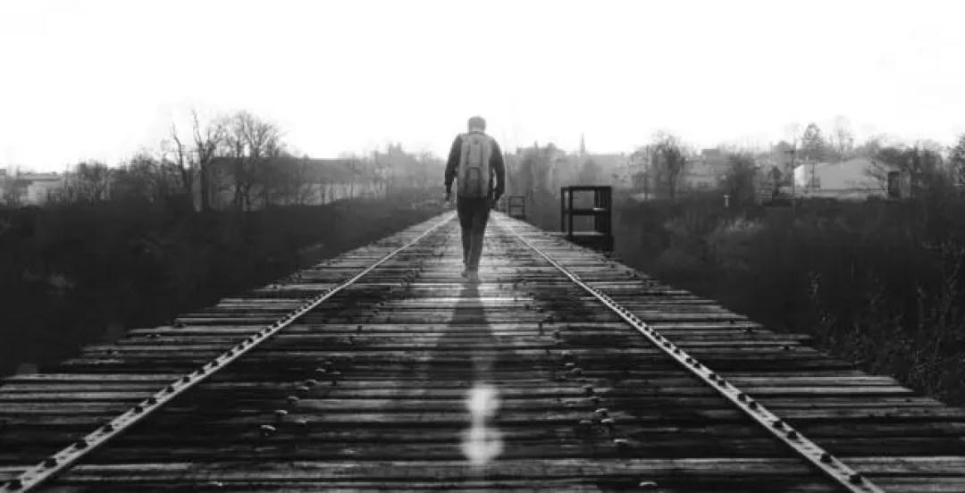 旅 人生 修行 線路 未来 男性