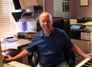 Photograph of composer Mark Hayes