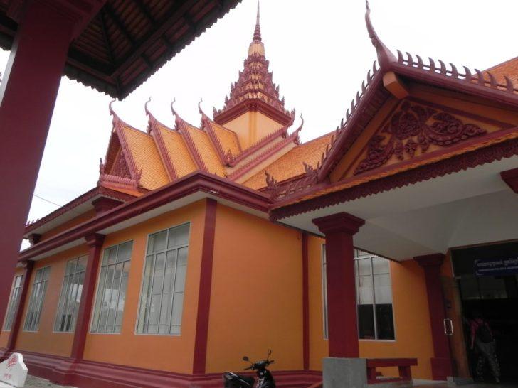 カンボジア・ラオス国境のカンボジア側オフィス