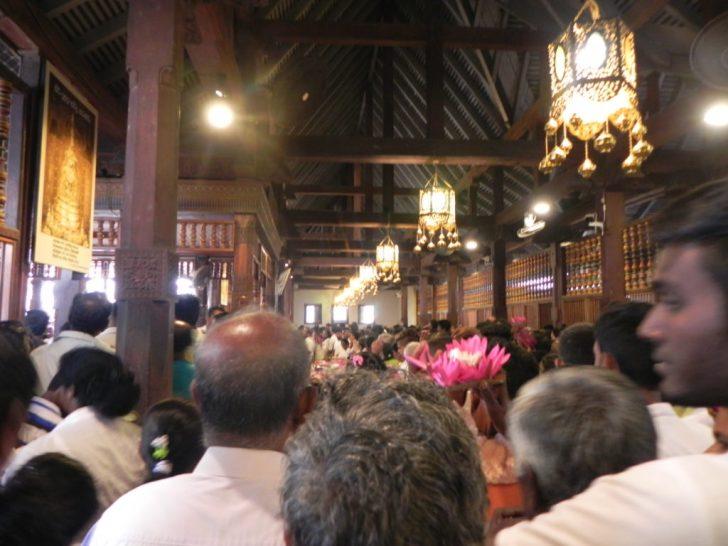 仏歯寺の2階