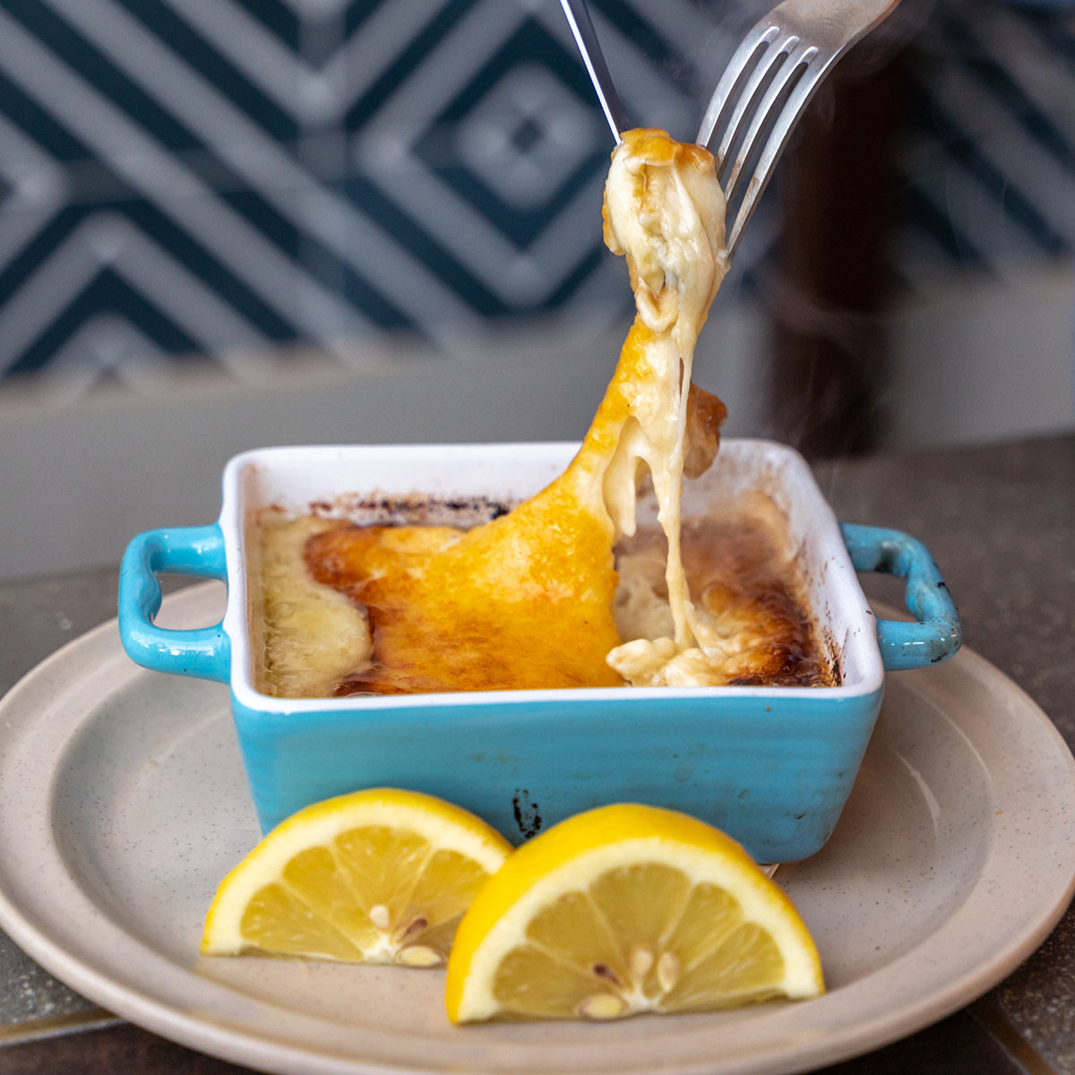 authentic Mediterranean diet hummus pita