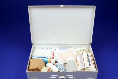 Χρησιμοποιήστε μια άδεια συσκευασία από φάρμακα ως κρυψώνα.
