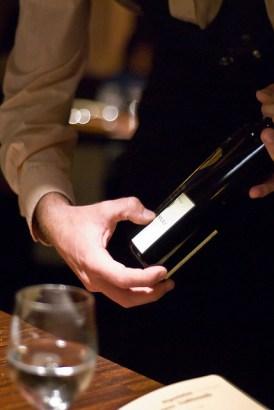 В уютной домашней обстановке можно легко воспроизвести ресторанную атмосферу, манеру подачи напитков