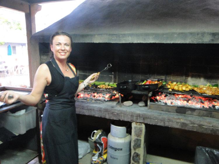 Mat og prestasjon, Svanhild griller ute