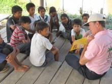 Jim volunteering to teach English