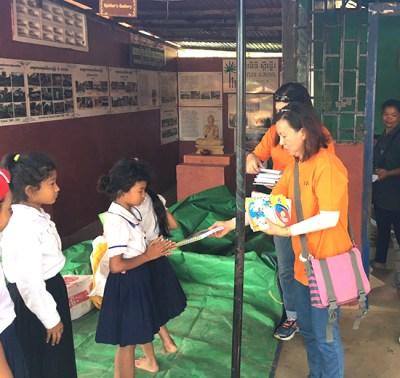 A-Kids distribute supplies