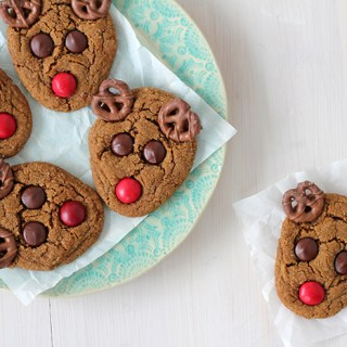Fit for Santa's team: Rudolph loves cookies