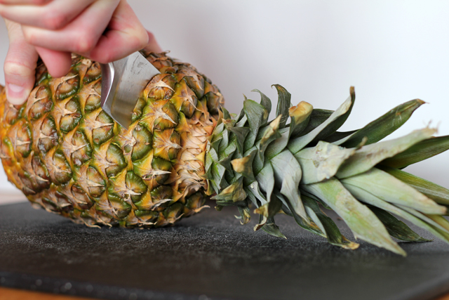 how to store pineapple once cut