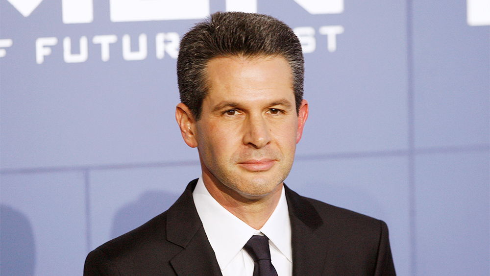 a4f7be7eb1d50 Simon Kinberg Is In Talks To Direct The Next X-MEN Movie - Splash Report