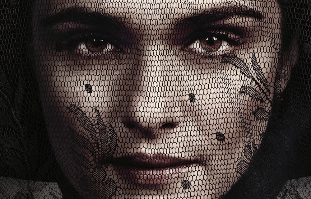 New Trailer For MY COUSIN RACHEL Has Rachel Weisz Playing A Wicked Game