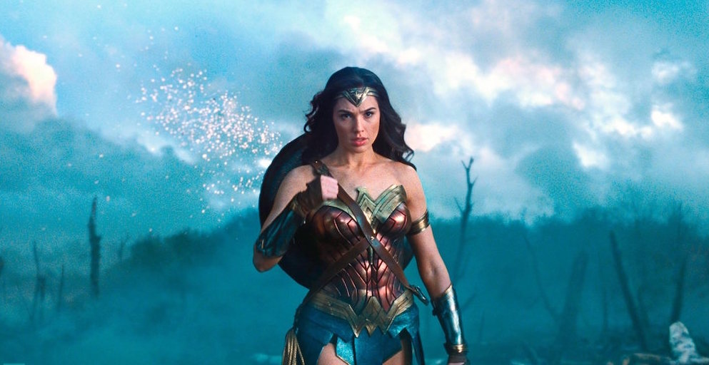"EL FANBOY: ""What WONDER WOMAN Means To DC's Present and Future!"""