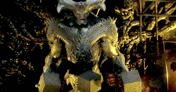 Ciarán Hinds Talks JUSTICE LEAGUE'S Steppenwolf