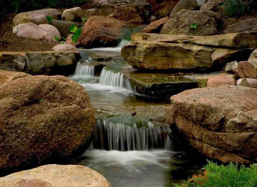 waterfall picnic 850×694