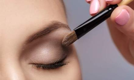Replace Your Eye Makeup Every 3 Months – Dermatologist Advice