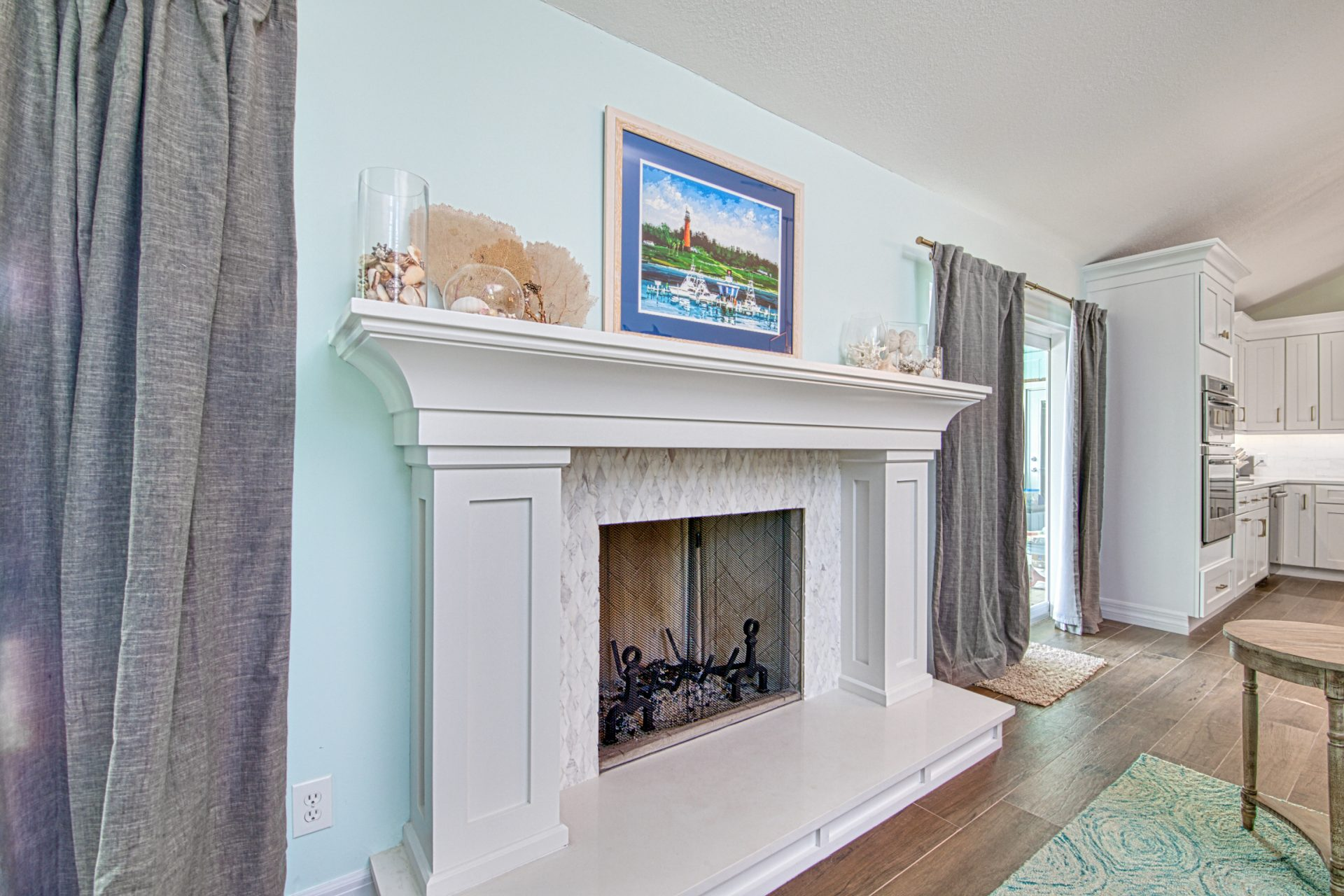 Poplar Court | Fireplace