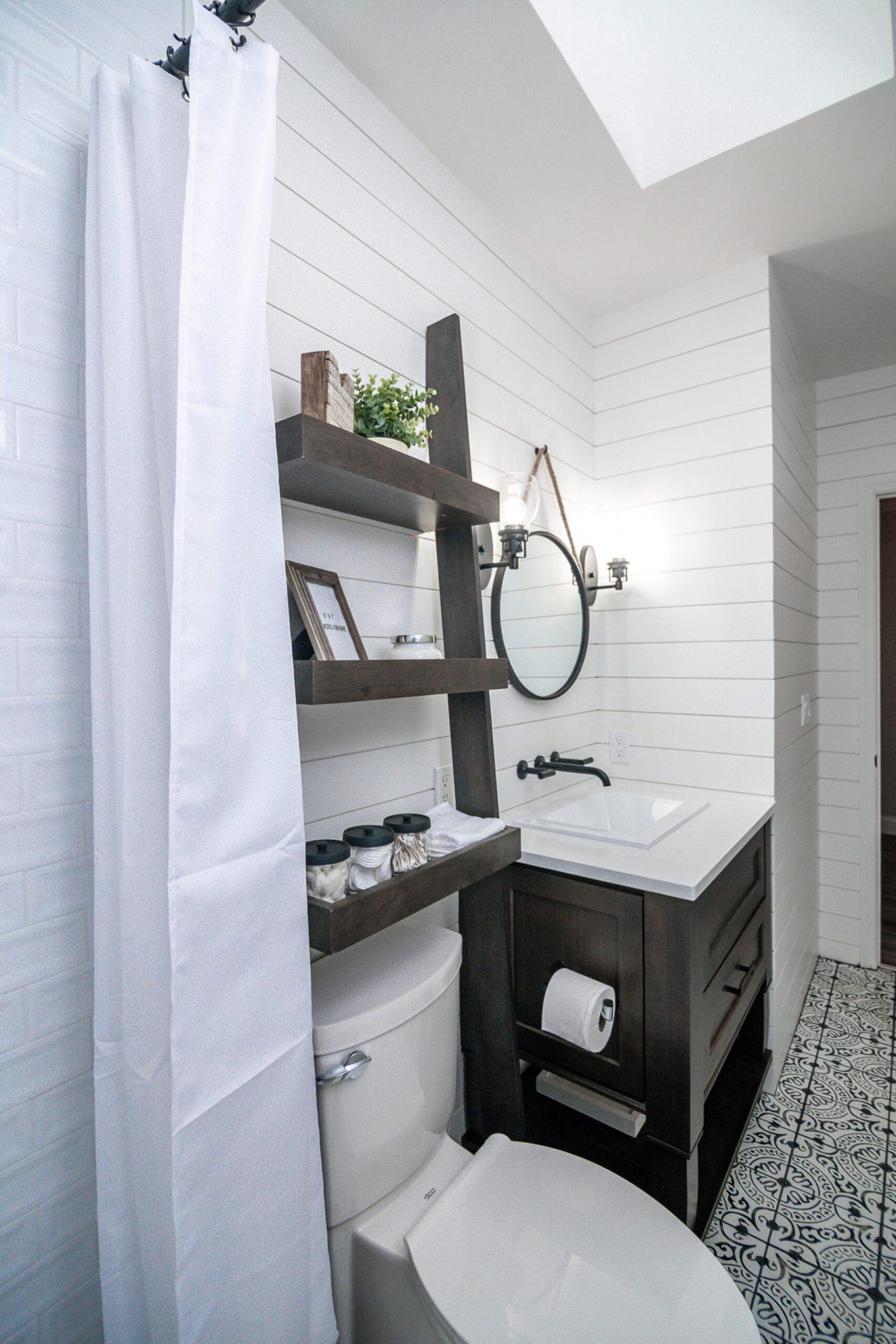 Moody Manor | Guest Bathroom